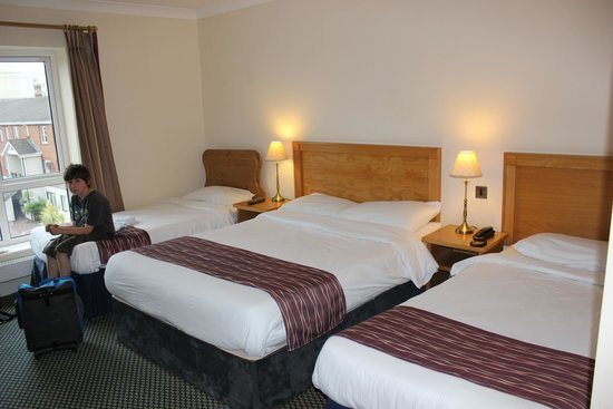 Waterford Marina Hotel: room