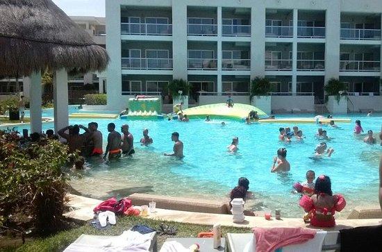 Paradisus Playa Del Carmen La Esmeralda: Actividades de Piscina