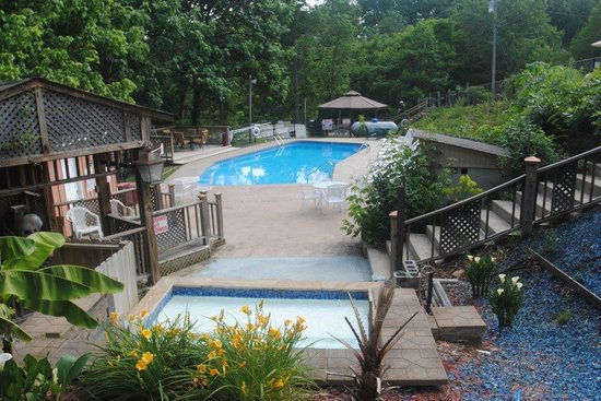 Backhome Log Cabins: One of six private pools