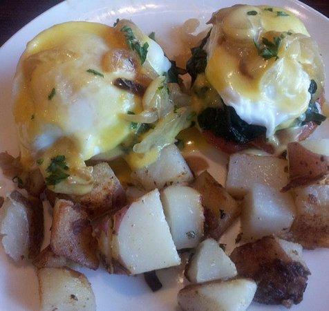 Griddle 145 : eggs benedict