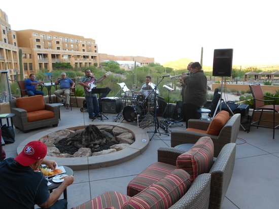 JW Marriott Tucson Starr Pass Resort & Spa: Live entertaiment every night