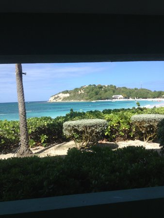 Pineapple Beach Club Antigua : The view from the room.
