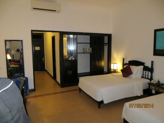 Hoi An Beach Resort: Bedroom