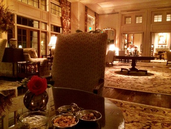 The Sanctuary Hotel at Kiawah Island Golf Resort: one of the public areas - perfect for relaxing in the evening