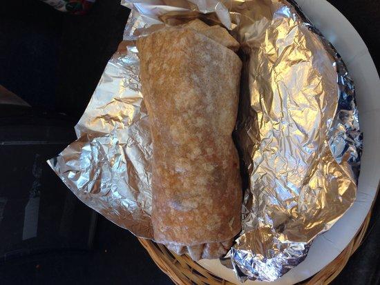 Big Dave's Bagels & Deli: Breakfast burrito