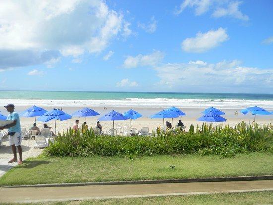 Village Porto de Galinhas: Servicio de playa