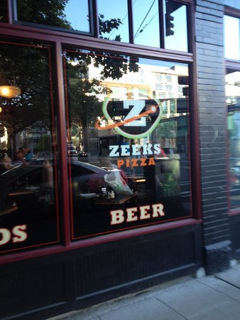 Zeek's Pizza: outside of Zeeks Pizza