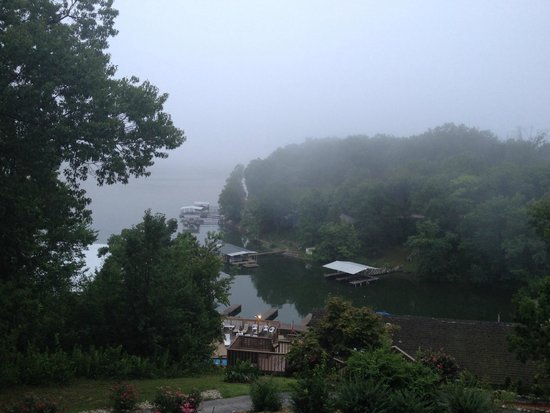 Inn At Grand Glaize: View of the Lake from Second floor guest room
