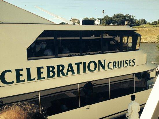 Inn At Grand Glaize: Cruise