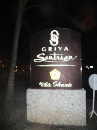 Griya Santrian: sign