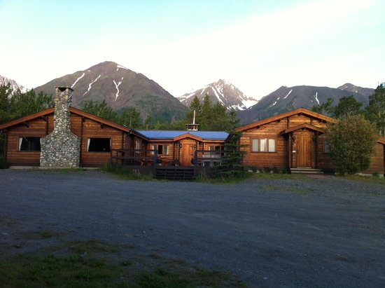 Lodge Picture Of Dalton Trail Lodge Haines Junction