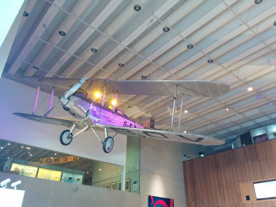 Foyer Museum Queensland : Just inside the foyer of museum an small aircraft is