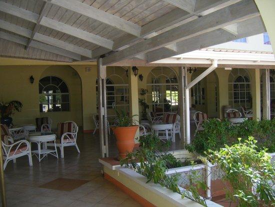 Grenadian by Rex Resorts : Bar Area