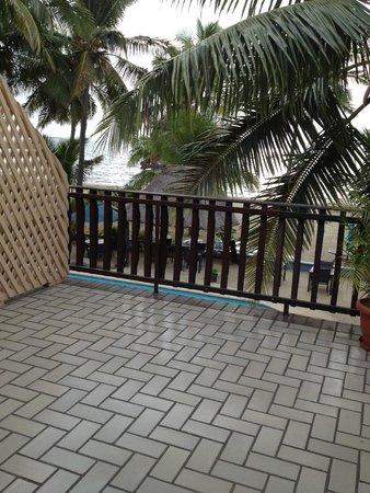 Aquarius On The Beach: Balcony - ocean view room