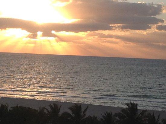 Hotel Riu Plaza Miami Beach: Un amanecer
