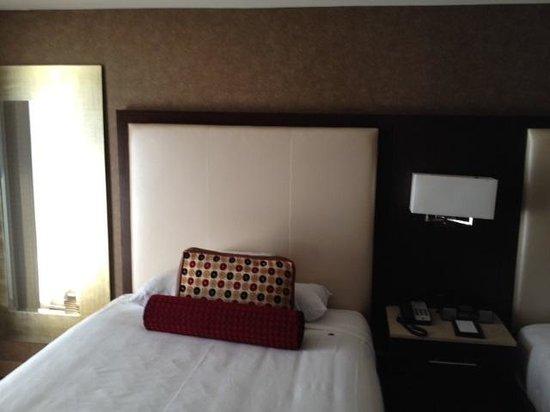 Hyatt Regency DFW: room pic