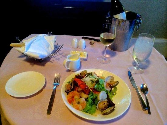 The Royal Hawaiian, a Luxury Collection Resort: wonderful in room seafood salad