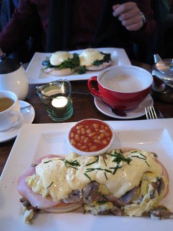 Greenwoods Singel: Eggs Benedict