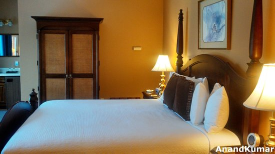 Iris Inn: Bedroom - Bird Room