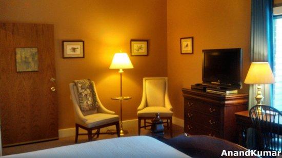 Iris Inn : Sitting Area - Bird Room