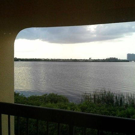 Red Roof Inn Fort Myers: View Of River