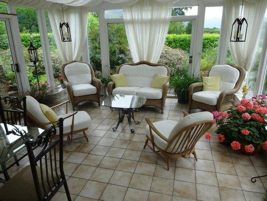 Broomlands Bed & Breakfast: Conservatory