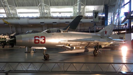 Smithsonian National Air and Space Museum Steven F. Udvar-Hazy Center : MiG 21-F Fishbed-C (années 60)