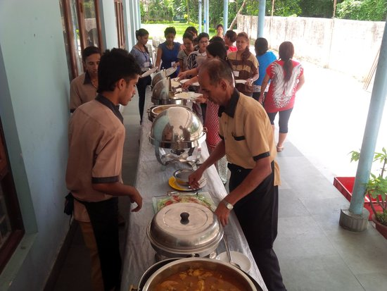Hotel Namaskar: catering by hotel restaurant staff was excellent and imaginative