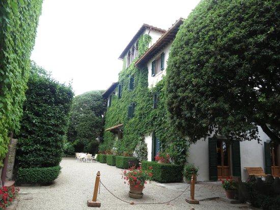 Villa Le Barone: Main Building