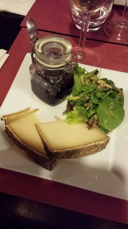 La Puce : Fromage. Salade. Confiture.