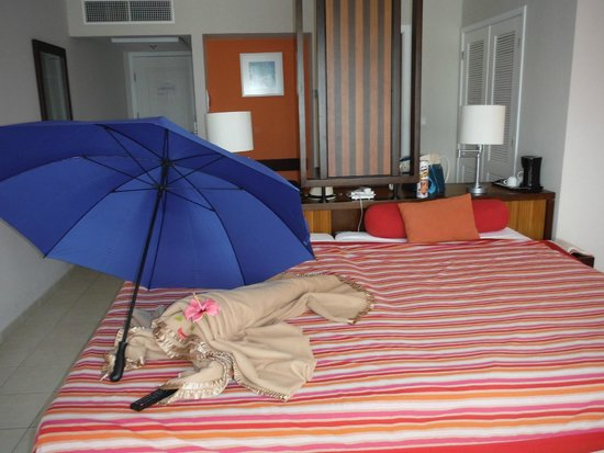 Hotel Playa Cayo Santa Maria: We pushed together the two double beds, request a king for convenience