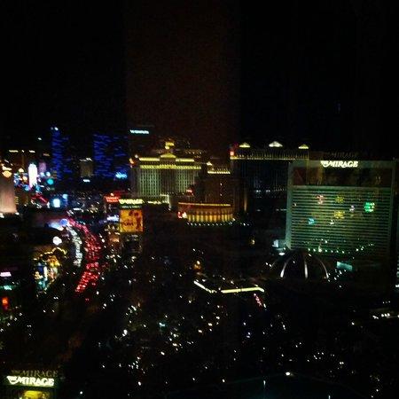 Treasure Island - TI Hotel & Casino: 36th Floor View Night