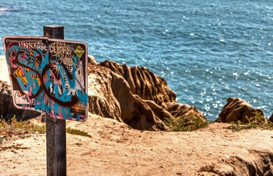 Sunset Cliffs Natural Park: Unstable Cliffs