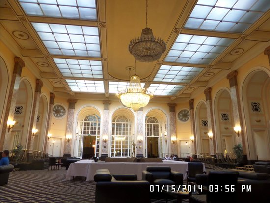 Adelphi Hotel & Spa: The banquet hall.
