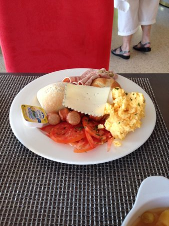 Playas del Rey Hotel: My breakfast , yummy