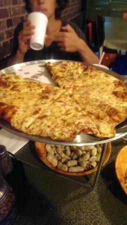 Jim & Harry's: yummy pizza!!