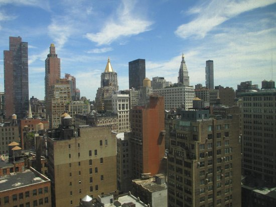 Kimpton Hotel Eventi: Manhattan skyline from 18th floor