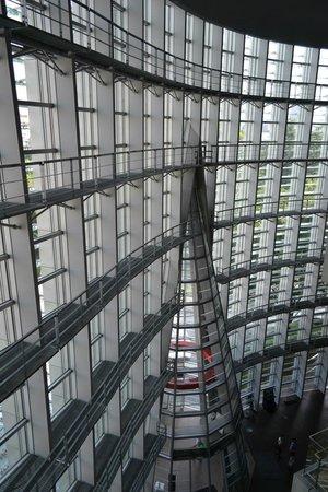 The National Art Center, Tokyo: 内部