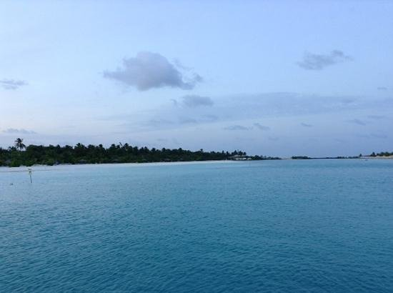 Paradise Island Resort & Spa: Beach view