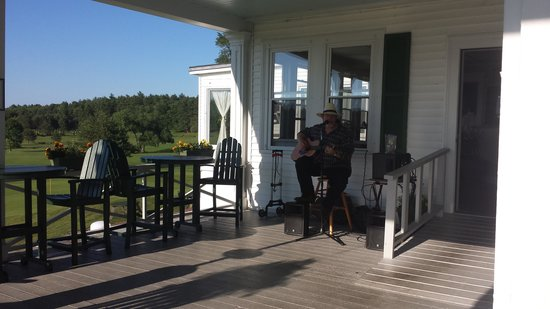 The Grille: Music on the Porch