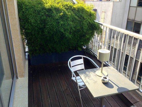 Mercure Paris Bastille Saint Antoine : Private terrace