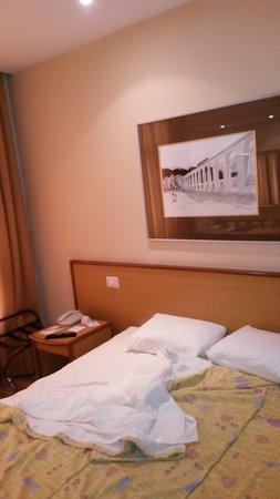 Windsor Astúrias Hotel: Habitación