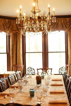 Biltmore Village Inn: Dining room set for private event