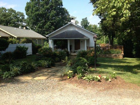 Biltmore Village Inn : Nearby Dodge Cottage