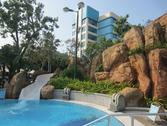 Disney's Hollywood Hotel : slide at the pool