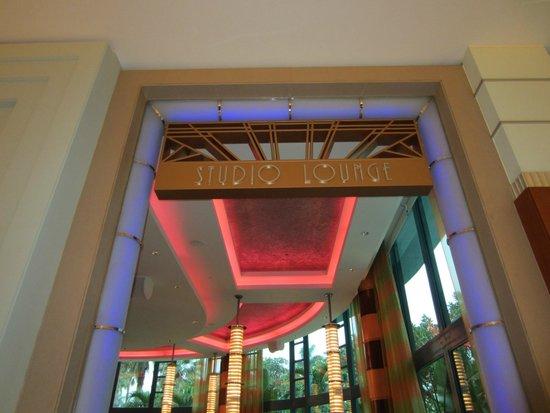 Disney's Hollywood Hotel : beautiful art deco theme
