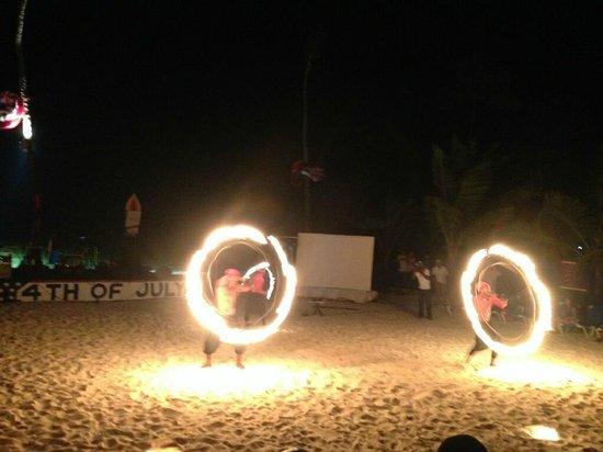Dreams Palm Beach Punta Cana: Fire show at the beach