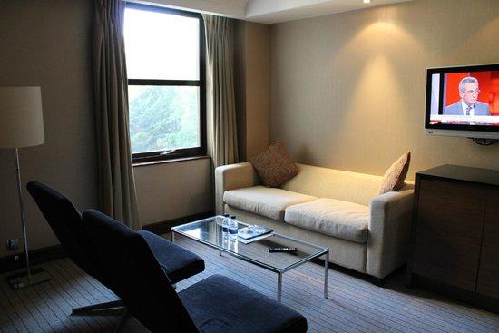 Crowne Plaza London Kensington: Second hotel room after leak complaint