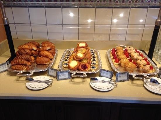 Universal Studios Hollywood: breakfast buffet