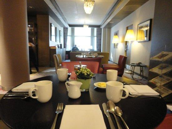 Crowne Plaza London Kensington: Club lounge
